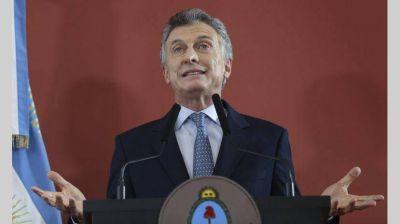 Macri reconoció que la pobreza seguirá en aumento