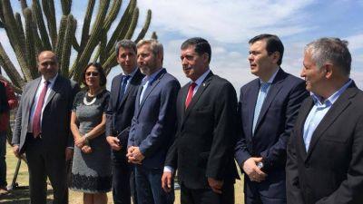 La Rioja impulsa un corredor bioceánico de USD 1.800 millones para el desarrollo del Norte argentino