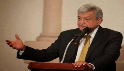 Presidente electo de México asegura que cumplirá contratos petroleros firmados con empresas privadas