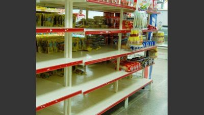 Preparan 90 multas a supermercados por falta de productos de Precios Cuidados