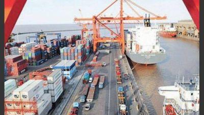 El Gobierno pretende que el puerto de Buenos Aires sea operado por un solo grupo