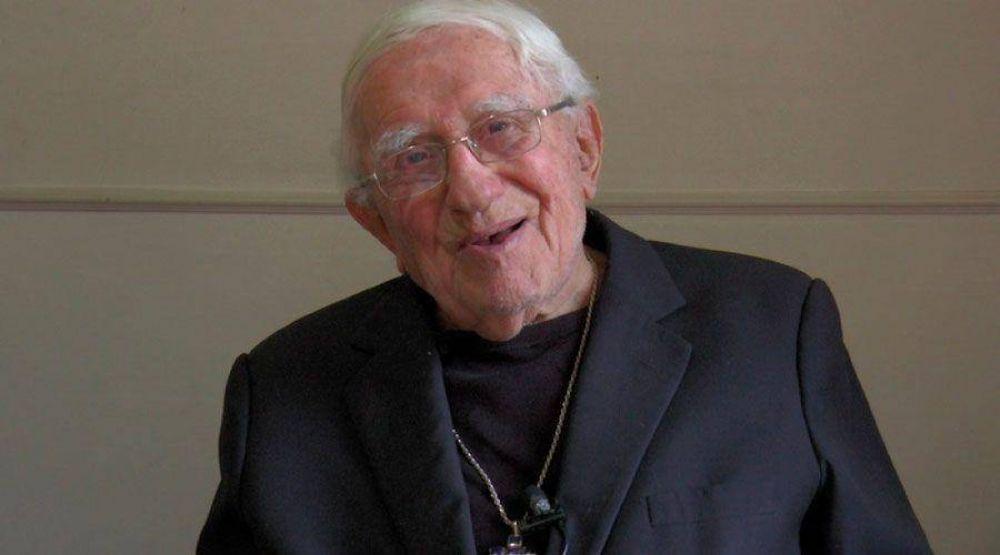 El obispo más anciano del mundo es chileno y tiene 103 años
