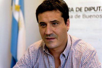 """Abad se sumó a las críticas a Mourelle: """"Es pretencioso compararse con Don Ángel Roig, Aprile o Katz"""""""