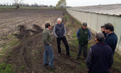 Arroyos tapados, un problema más grave que el granizo para los productores rurales