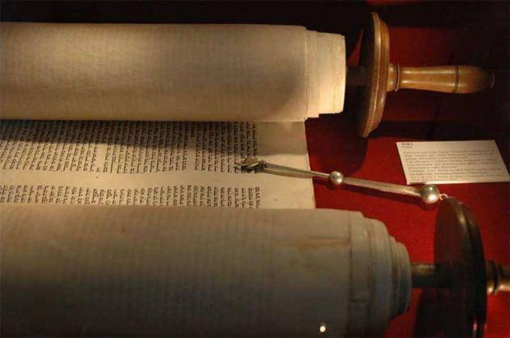 Simjat Torá. La Diáspora judía celebra la fiesta de culminación de la lectura anual del Libro Sagrado