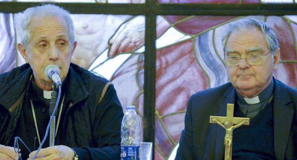 La Iglesia ya discute qué hará cuando los obispos dejen de recibir ayuda económica del Estado