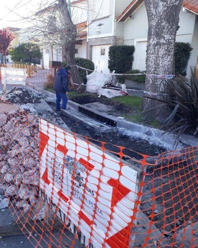 Sistema pluvial: OSSE moderniza sumideros en Nueva Pompeya y acentúa operativos de desobstrucción de conductos en toda la ciudad