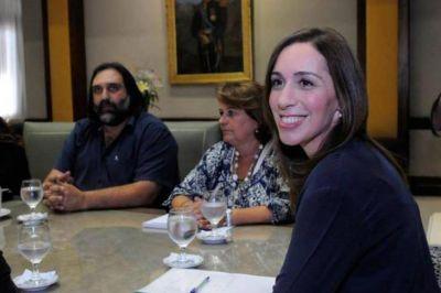 Docentes: Vidal ratificó la suba del 19% por decreto y tensó más la cuerda con los gremios