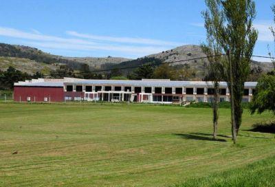 El proyecto de cloacas del hotel es privado y los vecinos de El Paraíso dependen del presupuesto