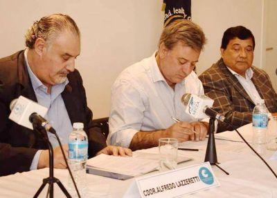 La Universidad Nacional y el Sindicato mercantil firman convenio sobre Gestión Sindical