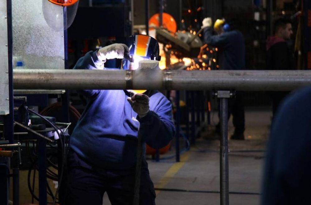 """El empleo en la industria local: """"Todo está complicado y paralizado"""""""