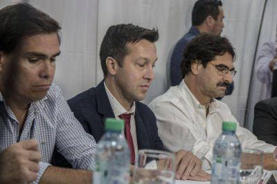 """""""La Gestión de Arturo, y todo su equipo, creo que ha mejorado muchísimo Puerto Quequén"""""""