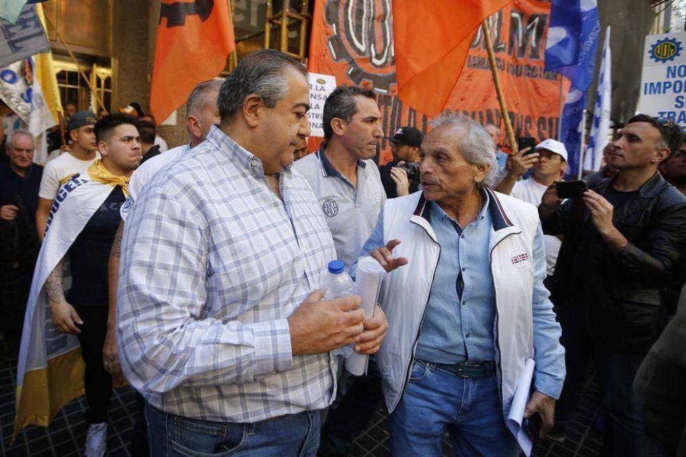 La CGT le exigió a Sica un pacto antidespidos
