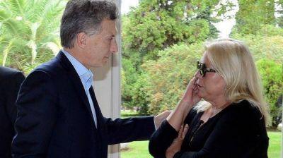Elisa Carrió apuntó su furia por primera vez contra el presidente Macri