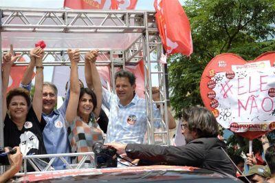 En plena turbulencia, la Argentina espera con inquietud el voto en Brasil