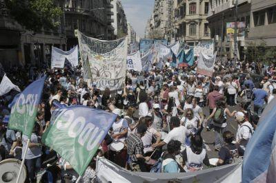 Docentes: paro récord y movilización a la Casa de la provincia de Buenos Aires