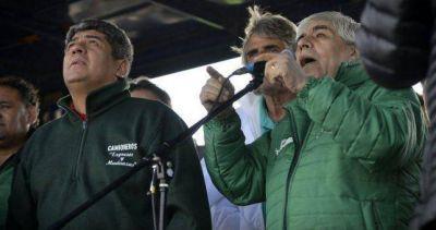 El Gobierno relanza su ofensiva contra los Moyano desde los medios y la justicia