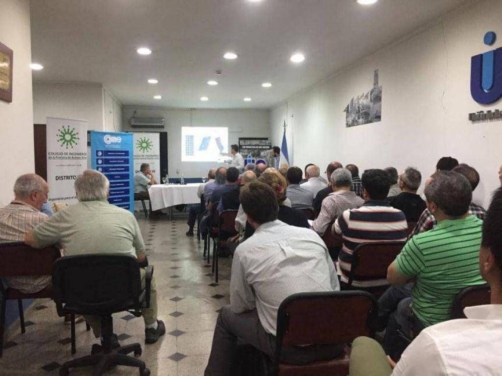 Exitoso seminario de Energías Renovables en la UIQ