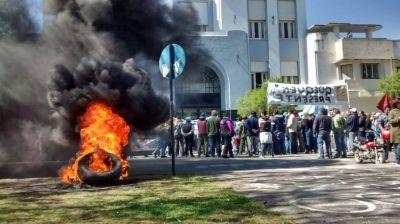 Dictaron la conciliación obligatoria y los empleados municipales levantaron el paro