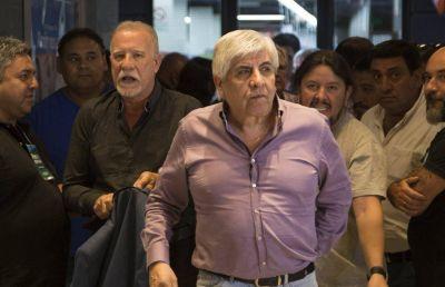 Fiel a Moyano, el canillita Plaini oficializó su renuncia a la CGT