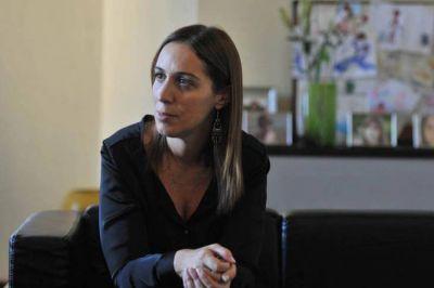 Antes de reunirse con docentes, Vidal ofreció a los estatales terminar el año con una suba del 30%