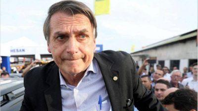 Bolsonaro da marcha atrás con el traspaso de Eletrobras y Petrobras