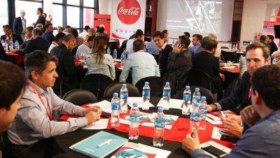 Coca-Cola Andina Argentina entre workshops de proveedores y ladrillos ecológicos
