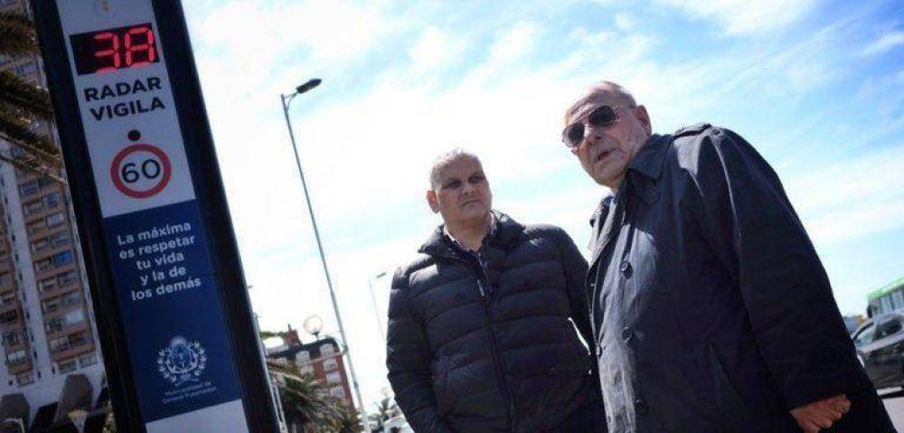 Fotomultas: El intendente puso en funcionamiento los tres tótems