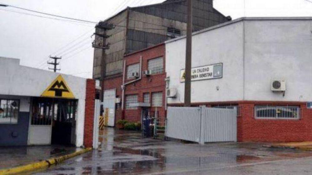 Cierra Metalúrgica Tandil y despiden a más de 100 trabajadores