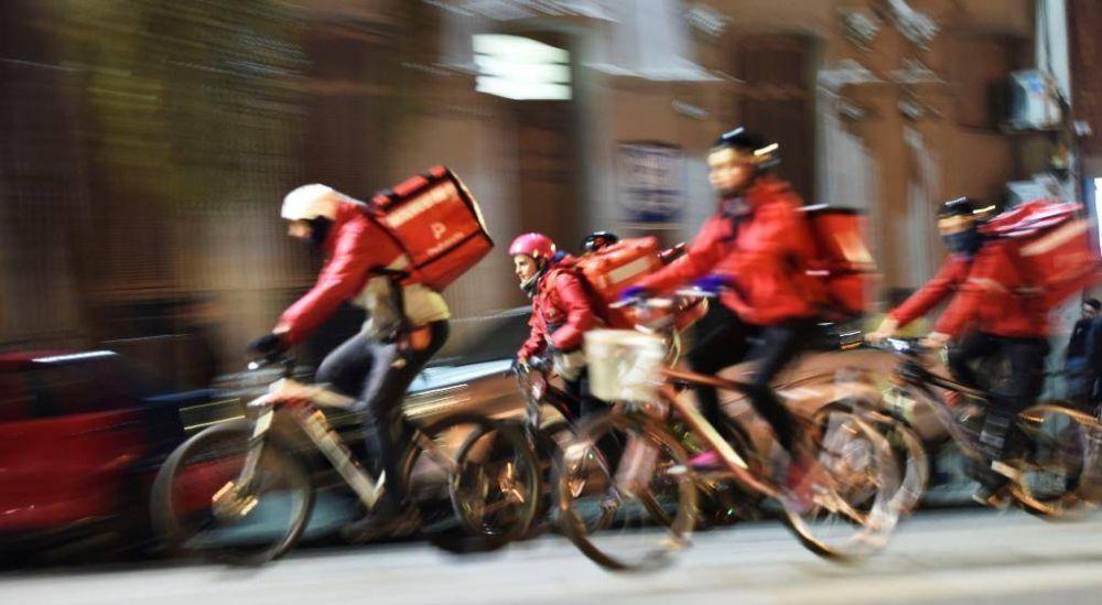 Trabajadores de Rappi, Glovo y Uber van por la reprentación gremial