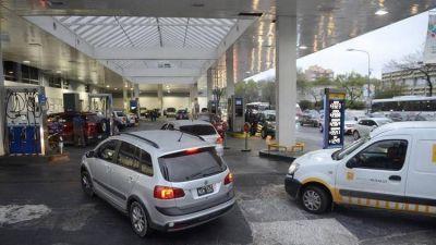Emergencia Vial: La estrategia de la oposición para suspender los aumentos de los combustibles hasta las elecciones