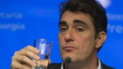 Imputan a Javier Iguacel y piden suspender el aumento retroactivo de las tarifas de gas