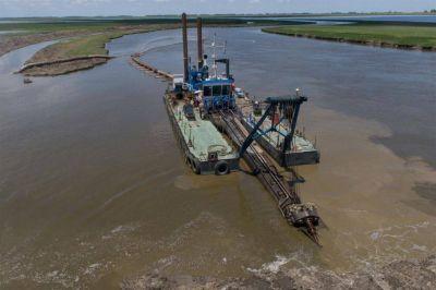 Dos ministros de Vidal ratificaron la realización de obras clave en el Río Salado