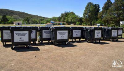 Juana Koslay incorporó 25 contenedores para la recolección de residuos