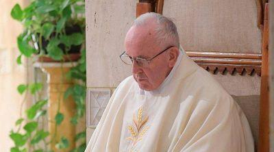 El Papa Francisco enseña cómo el cristiano debe insistir con la oración