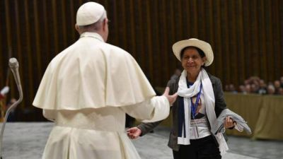 """El Papa: San Óscar Romero supo encarnar con perfección la imagen del buen Pastor"""""""