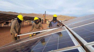 Jujuy : Avanzan trabajos de planta solar más grande de Argentina