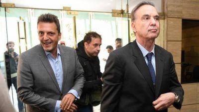 Día de la lealtad dividido: Massa y Pichetto con Manzur en Tucumán y Máximo Kirchner en Buenos Aires junto a intendentes