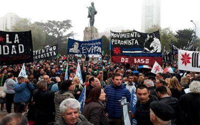 Gran cantidad de militantes participaron del acto por el Día de la Lealtad Peronista
