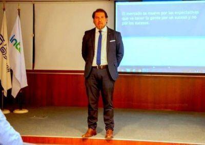 Claudio Zuchovicki brindó una conferencia invitado por la Unión Industrial de Campana