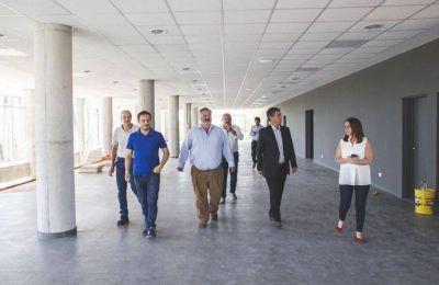 Abella recibió al ministro de Gobierno bonaerense