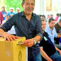 Pedro Milla conduce el destino de 24 mil trabajadores petroleros