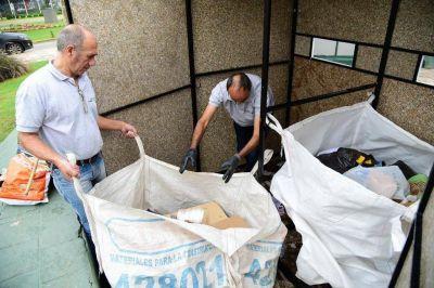 Pasajeros de diferentes líneas de trenes separaron 3 toneladas de residuos en cinco meses