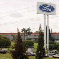 Empezó el ajuste en Ford: lanzan retiros voluntarios