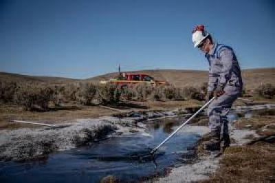 Greenpeace sobre derrame de YPF en la patagonia chilena: