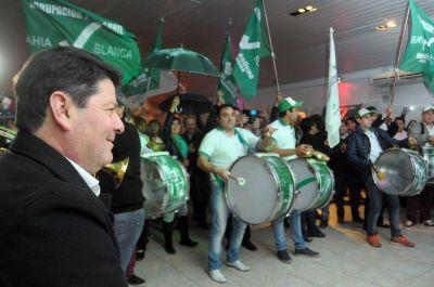 Paritaria de media cancha: los municipales bahienses firmaron ¡sin techo!