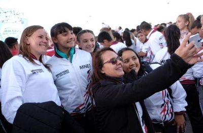 Multitudinaria inauguración de los Juegos Evita en la ciudad