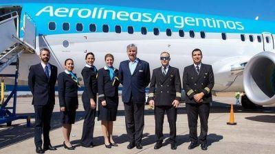 Las nuevas condiciones que negocia Aerolíneas Argentinas con sus pilotos para lograr mayor productividad