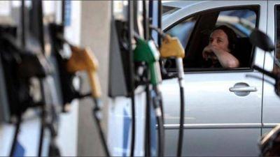 La Inflación afecta cada vez más fuerte el consumo de combustibles de la clase media