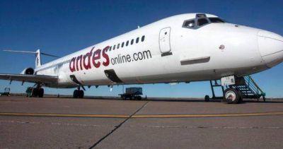 Andes cancela rutas, baja vuelos y despide el 40% de su personal